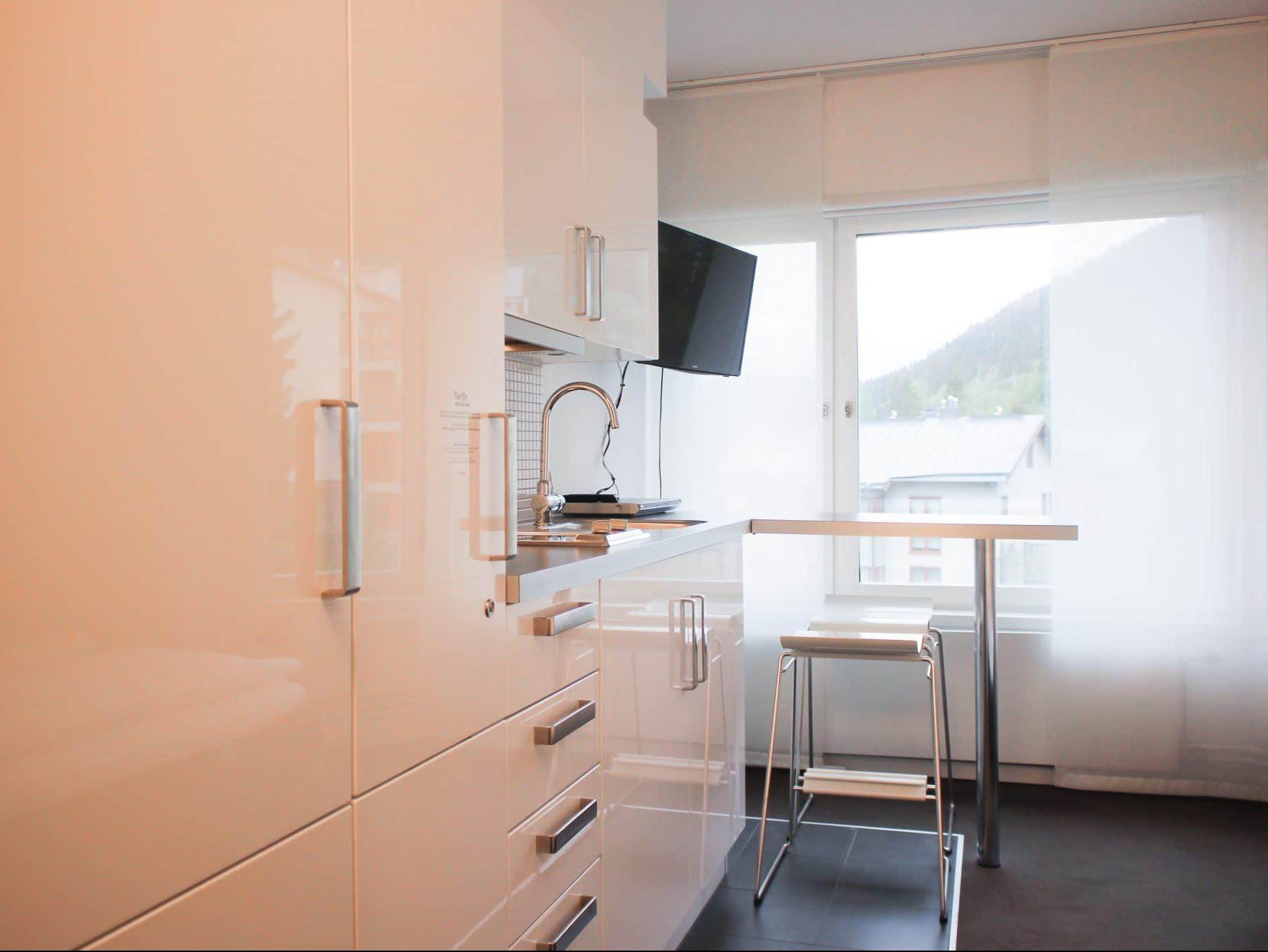 Kitchen in Tott 92