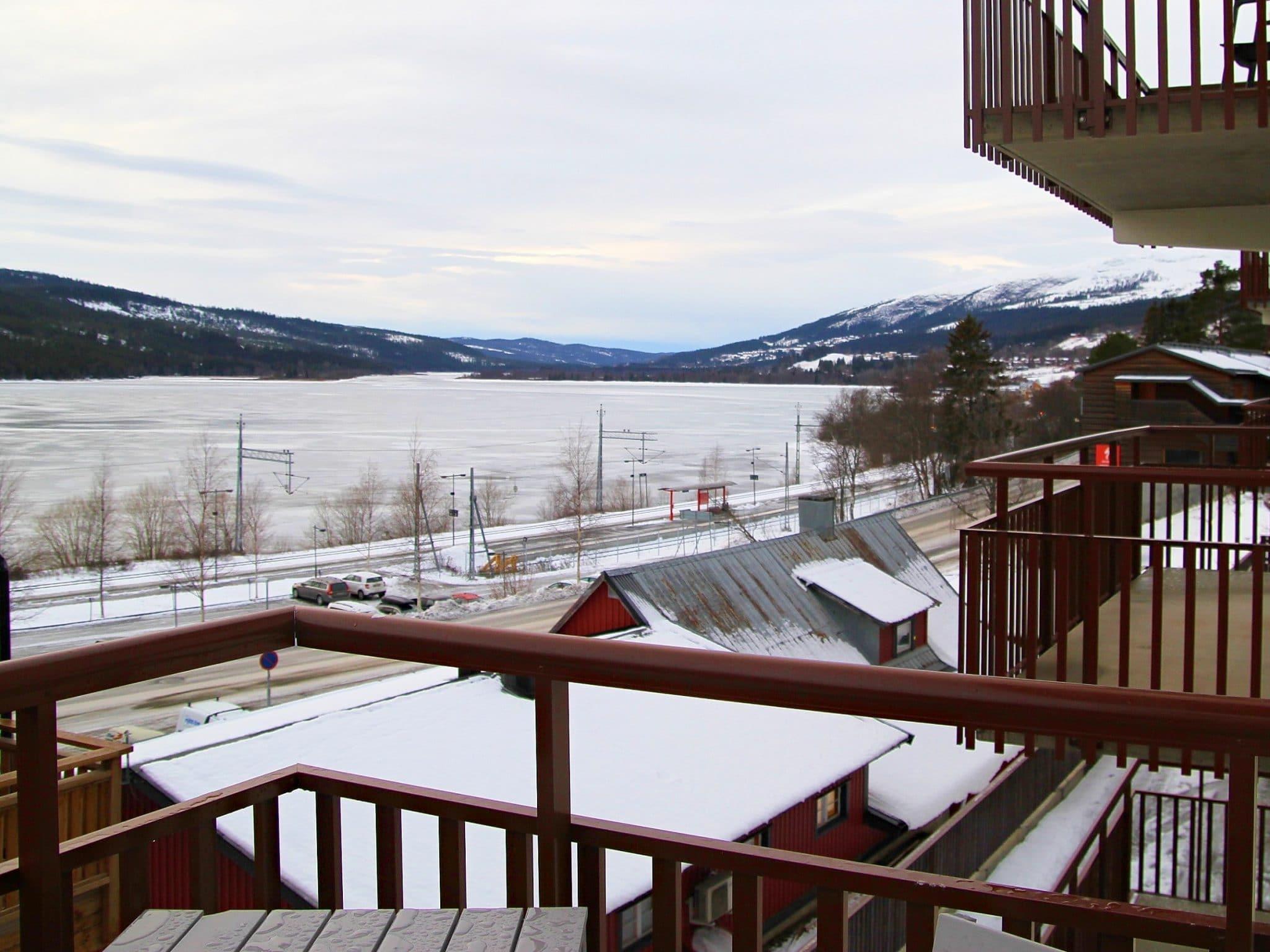 Utsikt över Åresjön från en av lägenheterna på Årevägen 130 i Åre.